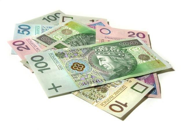 konsolidacja chwilówek, pieniądze, pożyczka, kredyt w banku na spłatę chwilówek, Konsolidacja chwilówek - pomoc online